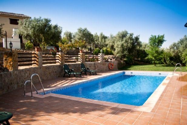 Alojamiento en Pozo alcón con piscina