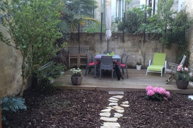 Apartamento con parking incluído en Bordeaux