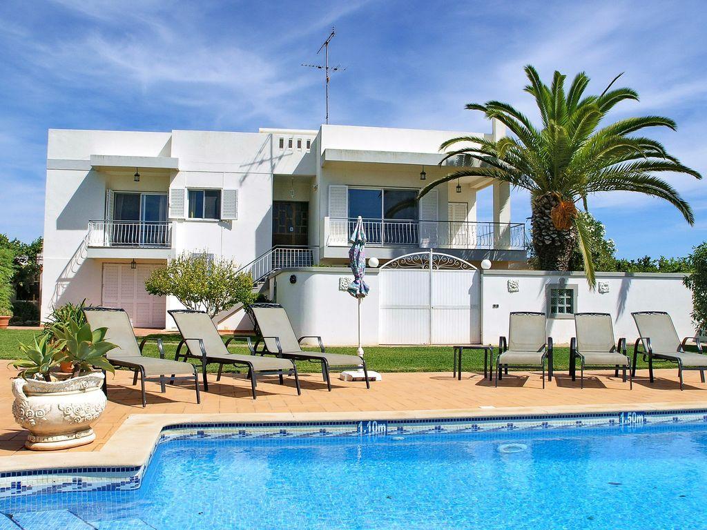 Villa País moderna con piscina en Algarve, Olhão, Portugal