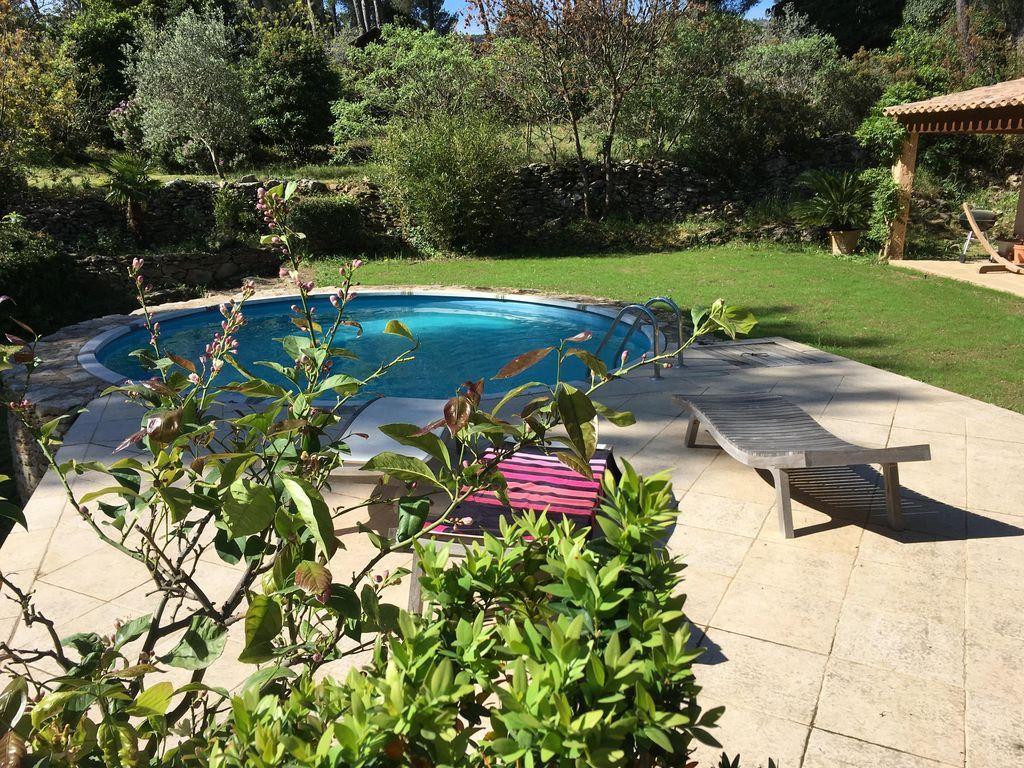 Estupenda vivienda con piscina