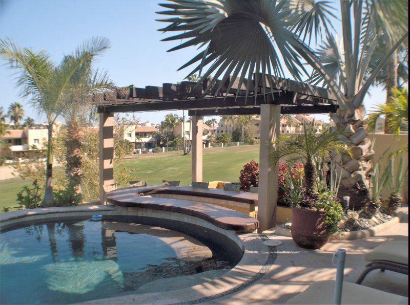 Boutique Condos/Suites on Golf Course / Sea Views