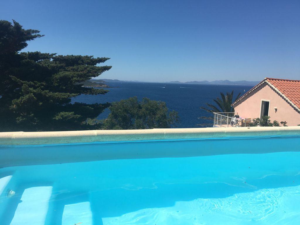 Residencia de 3 habitaciones con piscina