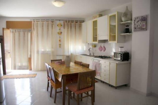 Casa en Pimonte con parking incluído