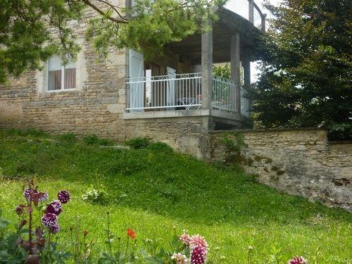 Vivienda con balcón en Besançon