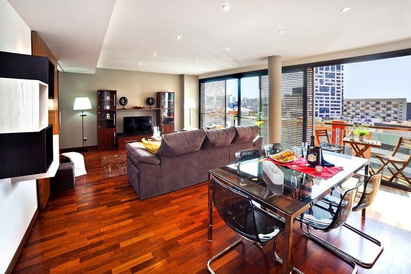 Ideal para grupos Piso con 4 dormitorio(s) en Barcelona con Aire acondicionado