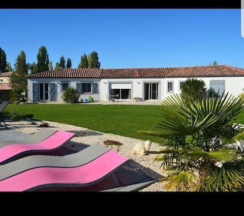 Vivienda práctica de 210 m²