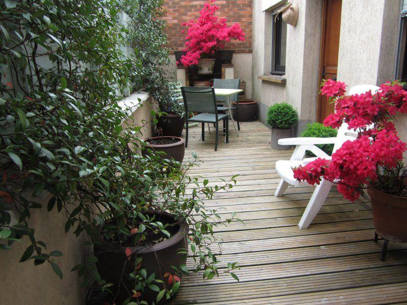 apartamento con jardín lindo fuera de París. 2/3 habitaciones 42 m2 + Patio