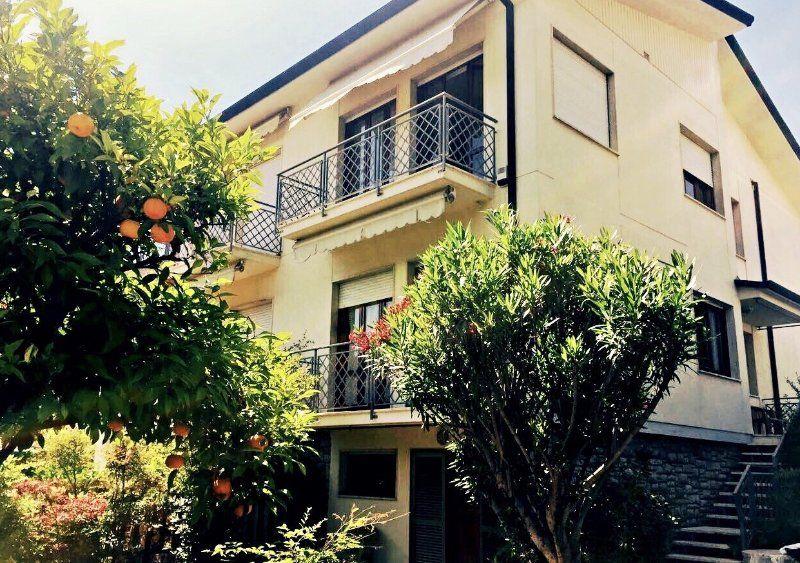 Apartamento de 3 habitaciones en Camaiore