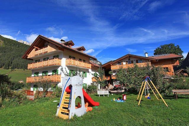 Casa vacanze di 9 camere con parcheggio