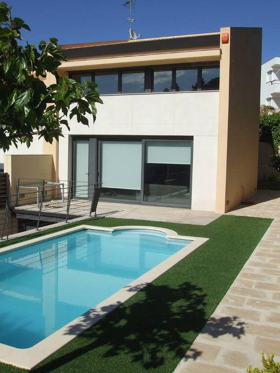 Casa de 4 habitaciones con piscina