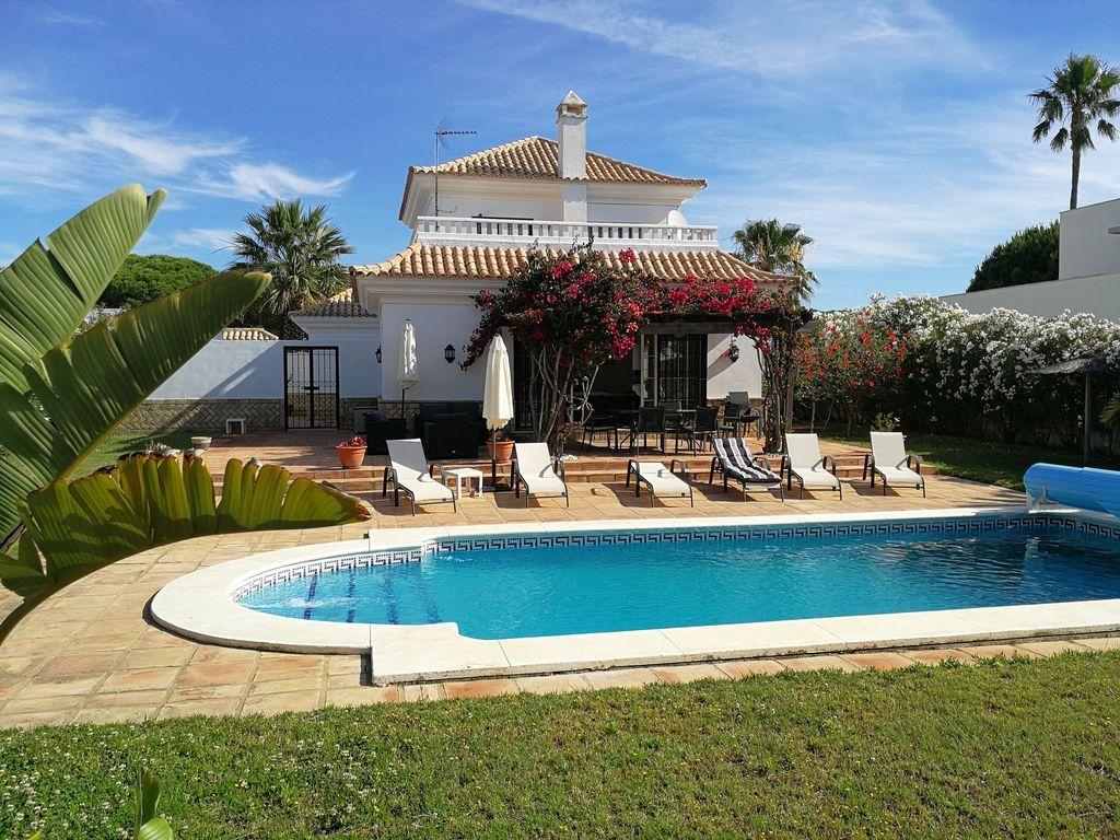Casa con piscina para 8 personas