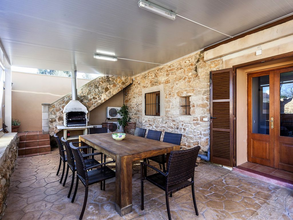 Homely holiday rental with 7 rooms