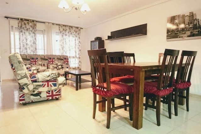 Piso popular de 3 habitaciones en Garrucha