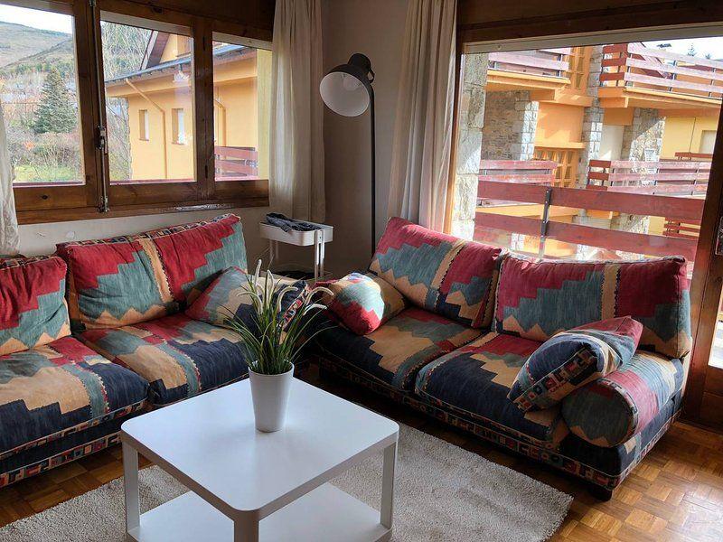 Alojamiento con balcón de 3 habitaciones