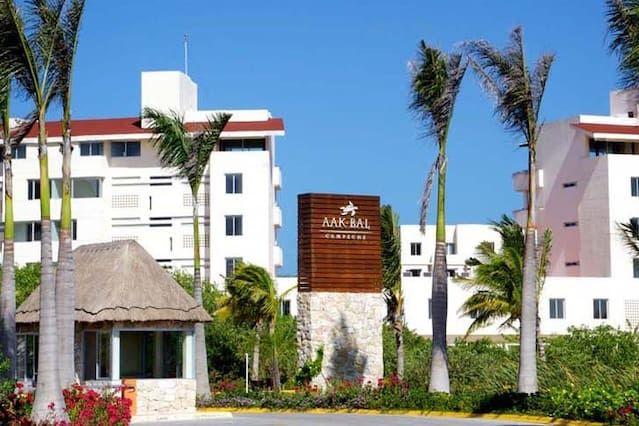 AAK-BAL Marina Village and Jack Nicklaus Golf