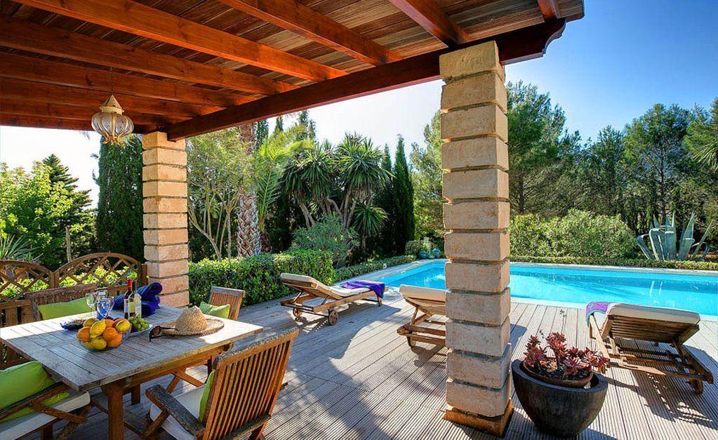 Residencia con vistas con jardín