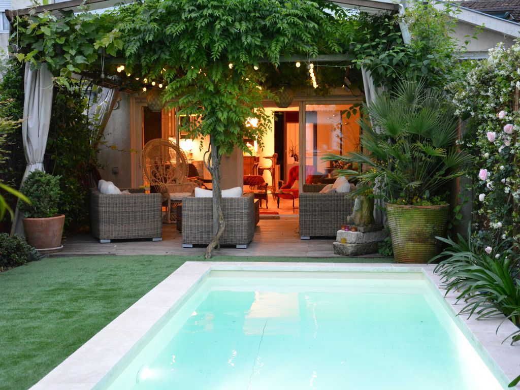 Casa con balcón para 10 personas