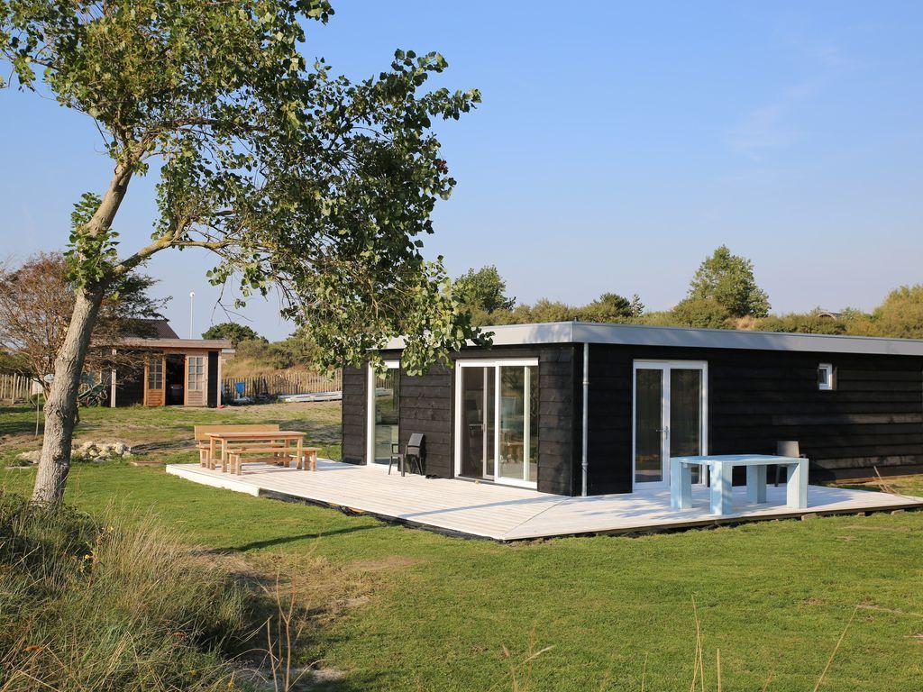 Casa en Ouddorp con jardín