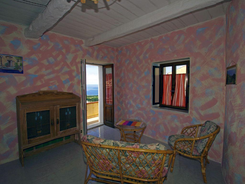 Funcional alojamiento de 2 habitaciones