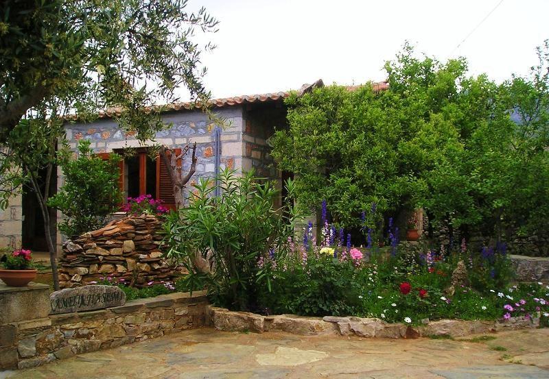 Petrino Villas, Jasmine a stone-built, detached Villa in peaceful area