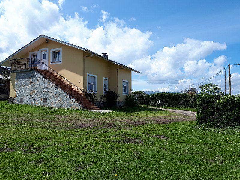 casa de campo en valdes con vistas al mar