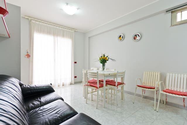 Apartamento con balcón en Mascali