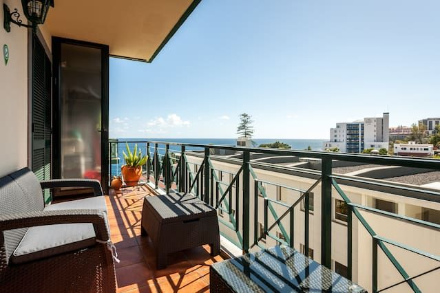 Flat in Funchal with 2 rooms