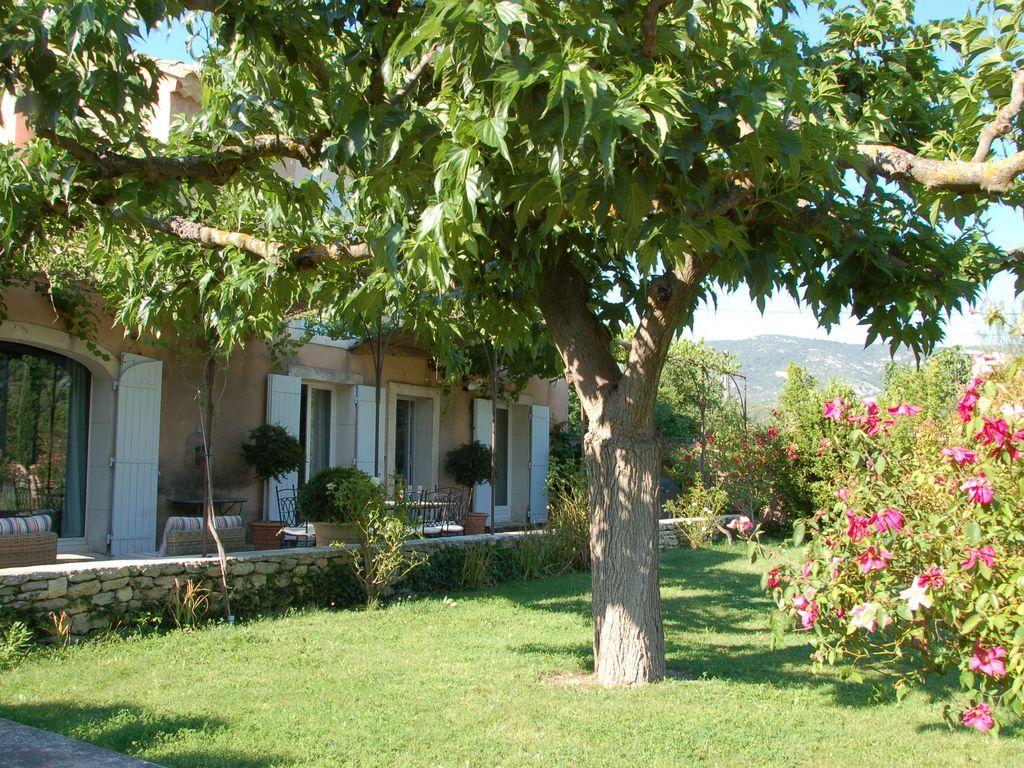 Residencia de 5 habitaciones en Saumane-de-vaucluse