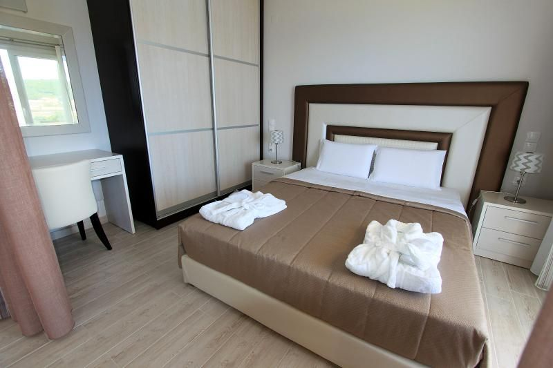 PARALIA LUXURY SUPERIOR FAMILY STUDIO APARTMENT 5