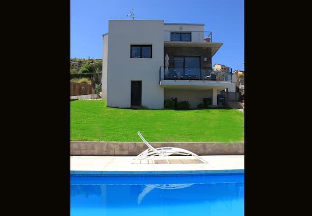 Residencia para 8 personas con piscina