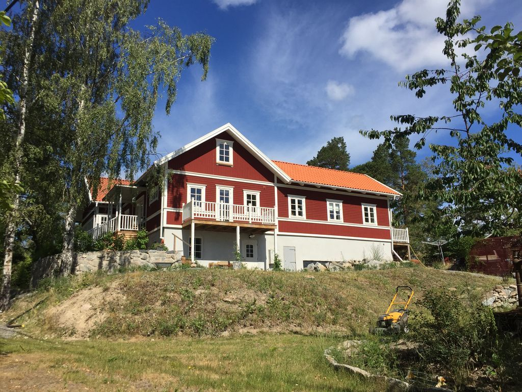 Hogareña casa en Saltsjö-boo