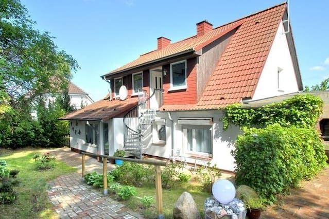 Casa equipada en Middelhagen