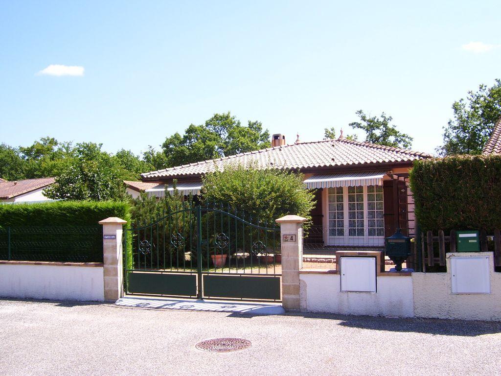 Alojamiento de 100 m² en Hourtin