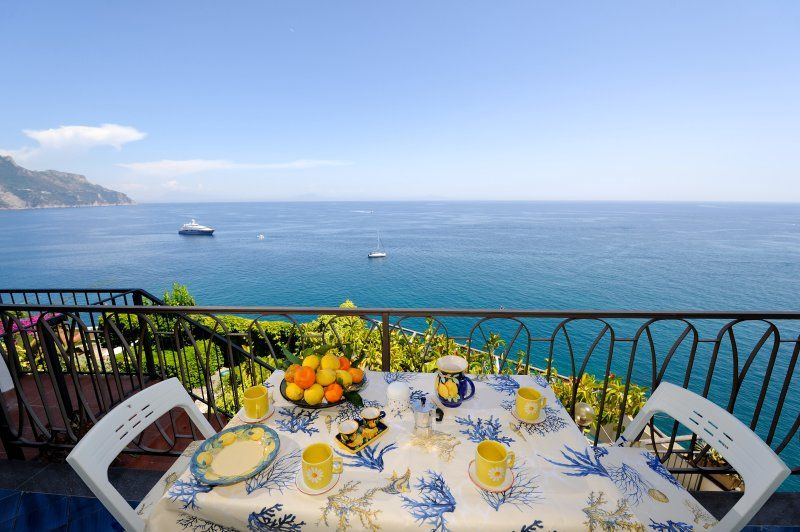 Amalfi Cameo sea view and access to the sea