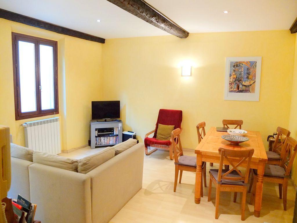 Alojamiento de 2 habitaciones en Niza