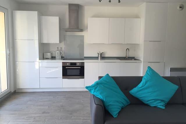 Apartamento en Valbonne Village / Nuevo apartamento en Valbonne, Riviera Francesa