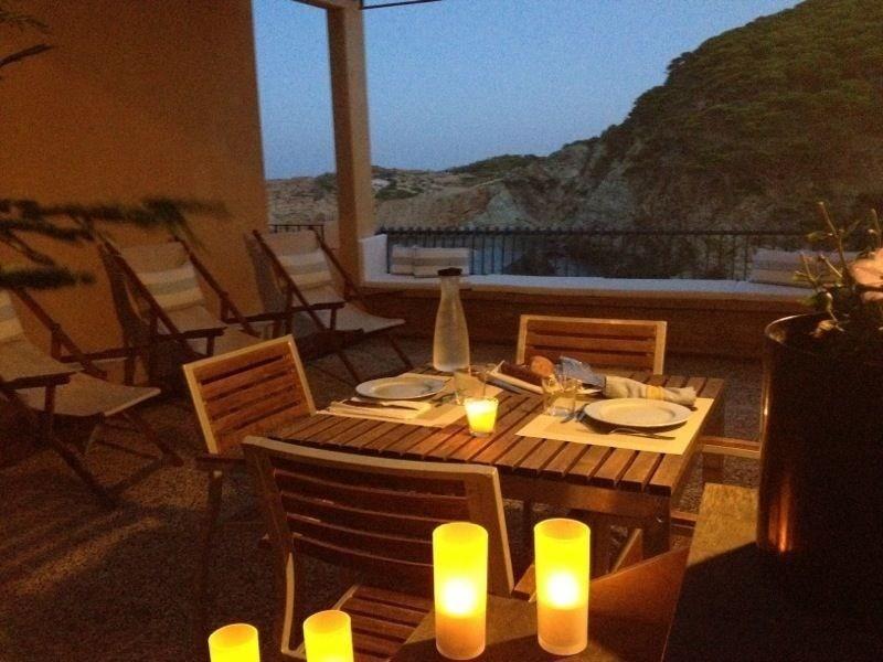 Casa En Playa Sa Tuna con una espectacular vista al mar