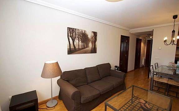 Apartamento céntrico en Oviedo con Cocina y Calefacción
