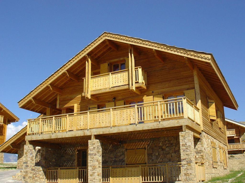 Provista residencia de 135 m²