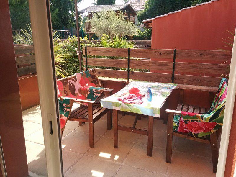 Alojamiento en Prades-le-lez con balcón