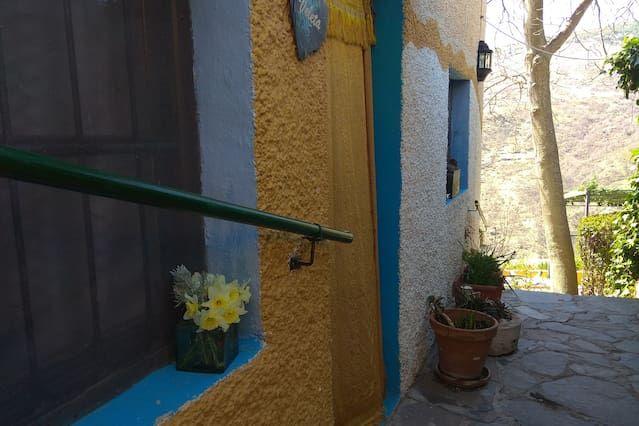 Casa de 5 habitaciones con jardín