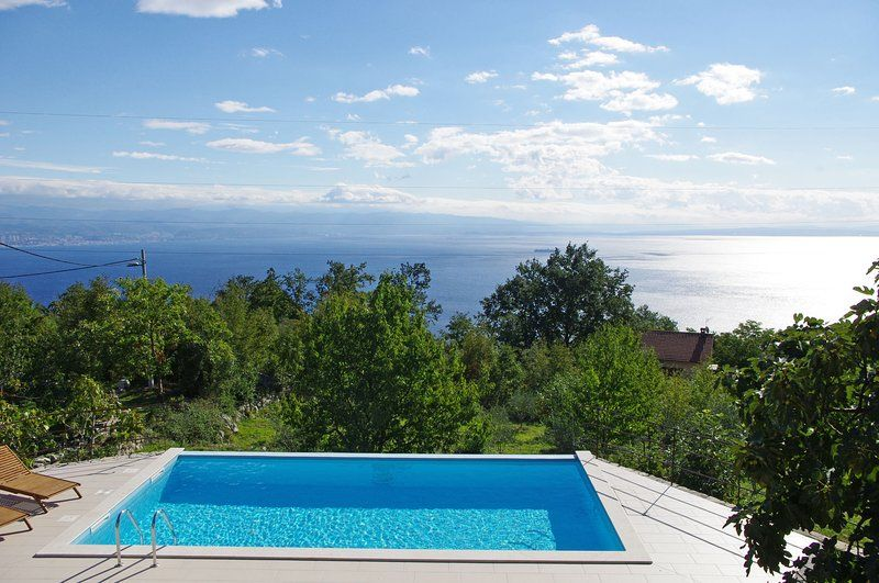 House Ivulici. Pool, garden and stunning sea view!