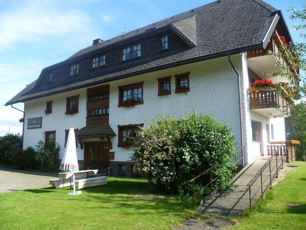 Alojamiento con vistas en Lenzkirch-kappel