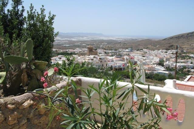 Casa en Nijar con jardín