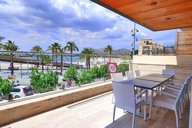 3 bedr.Luxury on the beach - best in town! (6PAX)