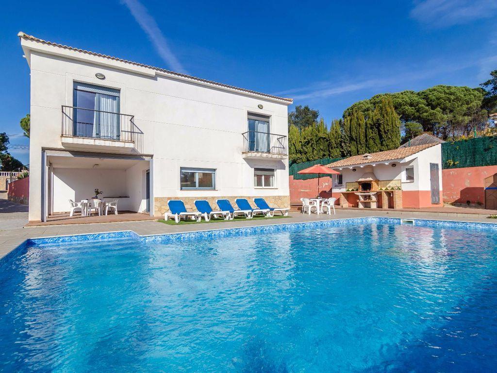 Casa en Vidreres con piscina