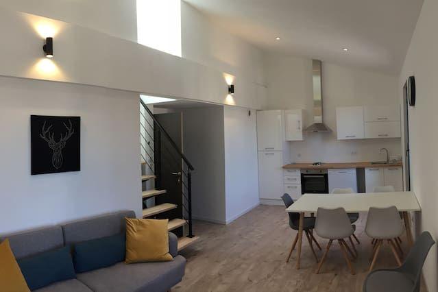 Hébergement attractif à 2 chambres