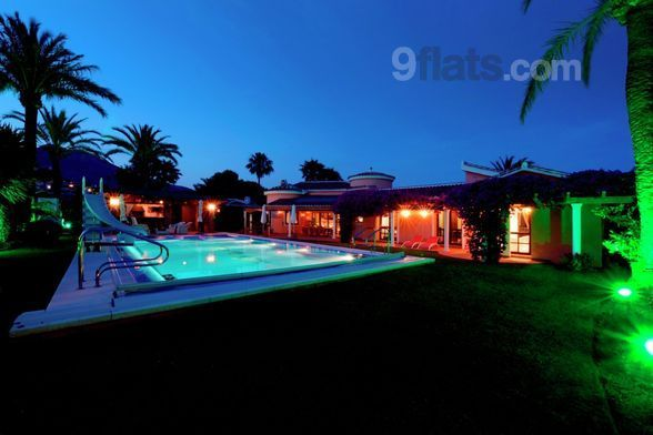 Fantastic holiday home of 4 rooms in Benalmádena