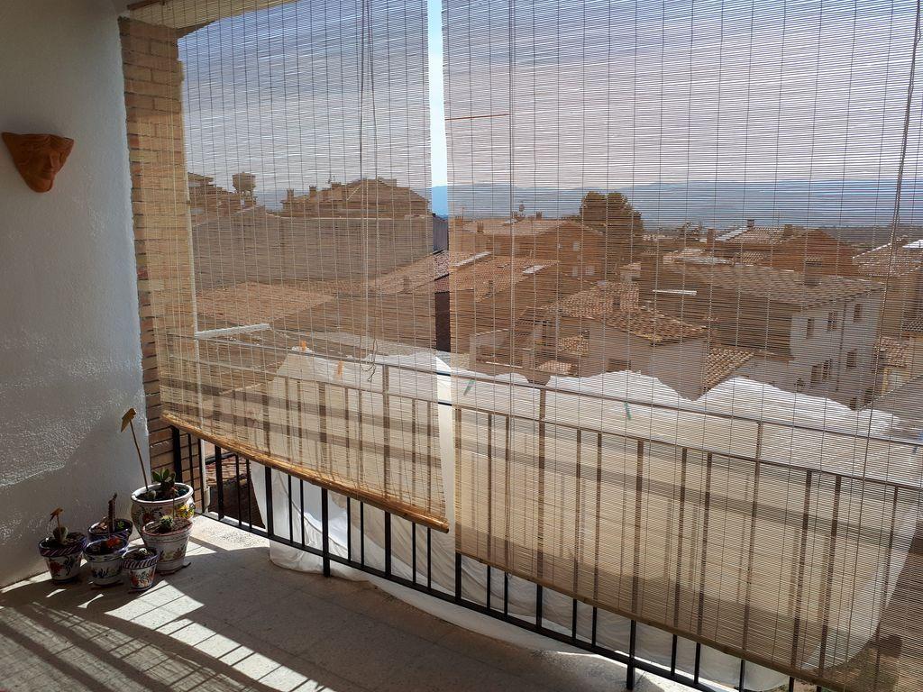 Vivienda en Taradell con balcón