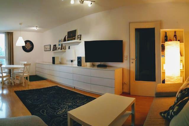 Apartment mit Balkon und 3 Zimmern